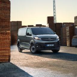 201903-Opel-FB-Vivaro-3